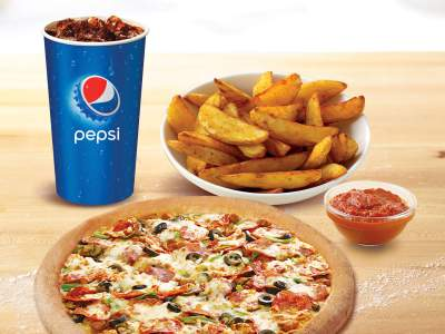 Papa's Pizza for One with Potato Wedges